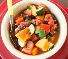 Ratatouille Black Bean Vegetable Chilli, Comforting veggie chilli can be made in minutes! Epicure Recipes, Cooking Recipes, Healthy Recipes, Cooking 101, Microwave Recipes, Healthy Meals, Supper Recipes, Side Recipes, Ratatouille