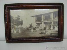 ANTIGUA FOTO CON MARCO . CUBA. MUJERES JUGANDO AL GOLF. SIGLO XIX - Foto 1