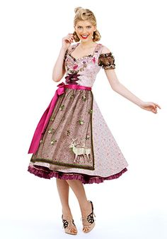 The apron is through-the-roof cute! #dirndl #German