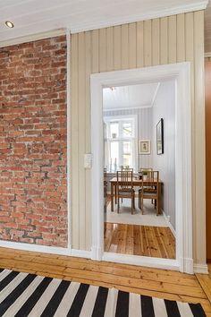 Bolig til salgs Oversized Mirror, Real Estate, Furniture, Home Decor, Decoration Home, Room Decor, Real Estates, Home Furnishings, Home Interior Design