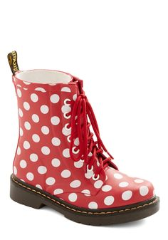 Drops of Dots Rain Boot. Come rain or shine, these polka-dotted rain boots will keep you marching through your day in cheery style! Dr. Martens, Clown Shoes, Dots Fashion, Vintage Boots, Me Too Shoes, Red Shoes, Rubber Rain Boots, Combat Boots, Retro Vintage
