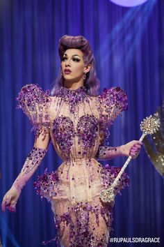 Violet Chachki s07 crowning