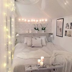 *Swoon* @decoricasa I would love to do something like this to Olivia's bedroom | Shop link in bio ✨