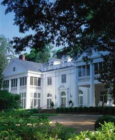 In the midst of one of the city's most prestigious neighborhoods, a completely renovated colonial revival mansion is the grand dame of Charlotte and serves as an historic inn and meeting place.  The setting is a page from history, a gracious estate made famous by its former owner James Buchanan Duke. The Duke Mansion is available for overnight lodging, meetings, weddings and other events.