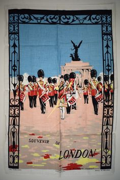 London Queen's Guard Tea Towel - Mid Century Buckingham Palace Military Band - New Old Stock