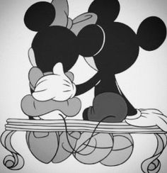 Mickey & Minnie's timeless love
