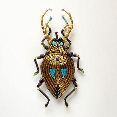 Золотой жук, брошь, 9.5 см вышивка на льне, гематит, японский позолоченный бисер…
