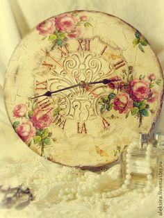 Handmade. I L O V E this clock!!!