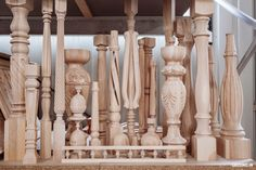 India Architecture, Wood Carving Designs, Wooden Stairs, Staircase Design, Table Legs, Wood Turning, 3d Design, Decoration, Wood Art
