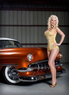 PinUp and Cars