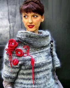 Старое фото неважного качества, но я обожаю эту работу, как обожаю волосатый мохер....#ручнаяработа  #handmade #knitwear #instaknitting  #вязаниеспицами #вязатьмодно  #handmade #knitting #greycolor  #classical #pulover #mohair #sweater #knitwear #knitfashion #knittersofinstagram