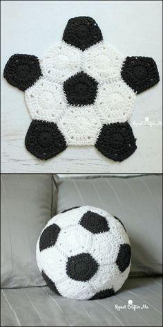 Latest Crochet Patterns For Handbags, Dresses & More Crochet Crafts, Crochet Dolls, Crochet Yarn, Crochet Stitches, Crochet Projects, Free Crochet, Crochet Patterns, Scarf Patterns, Crochet Cushion Cover