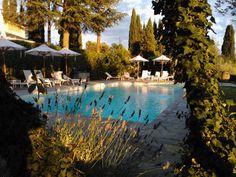 #pool #poolservice #drink #drinking #tuscany #toscana #relax #italy #italia