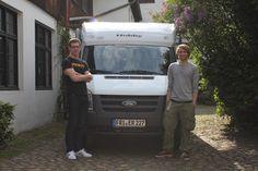 Die Reise der Watt-Reporter geht los! Dennis und Simon machen eine erste Probefahrt mit dem Wohnmobil.