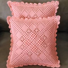 "CUSHION COVER CROCHET on Instagram: ""Finished vintage cushion with peach colour. Antara lace dan pattern bagai pinangkan dibelah dua #crochet #crocheting #crocheted…"""