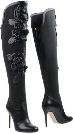 Women's Fashion High Heels : Valentino black leather floral knee high boots – womens-shoes. Valentino 2017, Valentino Boots, Valentino Black, Valentino Garavani, High Heel Boots, Heeled Boots, Bootie Boots, High Heels, Knee Boots