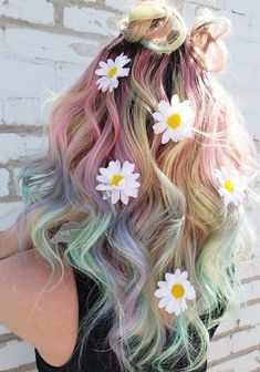 Beautiful and unique unicorn summer hair color trends for women to use in 2018. This is one of the fresh and incredible hair color ideas for women to use in spring and summer season of every year. Although, there are a lot of more elegant colors to make your looks absolutely fresh and modern but unicorn is best choice.