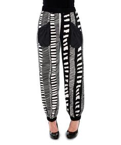 Loving this Black & White Abstract Pouch Pocket Pants - Women & Plus on #zulily! #zulilyfinds