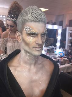 Strictly Come Dancing - Halloween - Ice King You are in the right place about DIY Costume men Here we offer you the most beautiful pictures about the DIY Costume cardboard you are looking for. Ice Queen Costume, Queen Halloween Costumes, King Costume, Halloween Men, Halloween Fashion, Ice Makeup, Ice Queen Makeup, Hair Makeup, Dragon Makeup
