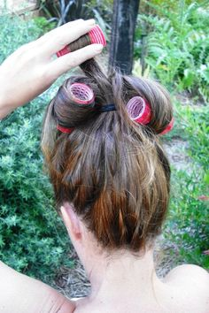 Overnight curls that I need to try soon  Overnight curls. High ponytail, damp hair and Velcro curlers. Cover with an old stocking and go to sleep. You will have great curls in the morning.