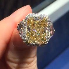 A beautiful yellow diamond ring. A beautiful yellow diamond ring. A beautiful yellow diamond ring. Yellow Diamond Rings, Diamond Wedding Rings, Diamond Cuts, Yellow Diamonds, Pink Sapphire, Yellow Diamond Engagement Ring, Wedding Band, I Love Jewelry, Fine Jewelry