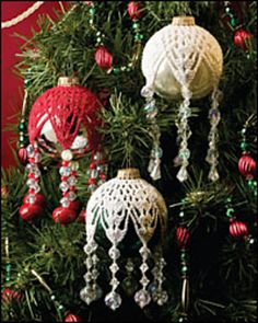 Snowflake Ornament pattern by Lela Gunning – How pretty are these? So lovely if … – Christmas CrochetSnowflake Decoration sample by Lela Gunning - How fairly are these? So pretty when you have a classic trying tree, like I do.also requires a gl Knitted Christmas Decorations, Christmas Crochet Patterns, Crochet Christmas Ornaments, Holiday Crochet, Crochet Snowflakes, Snowflake Ornaments, Beaded Ornaments, Noel Christmas, Christmas Knitting