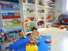 Bookshelf behind door Kids Bedroom Designs, Playroom Design, Baby Room Design, Baby Playroom, Baby Boy Rooms, Baby Room Decor, Toy Rooms, Kids Decor, Kids And Parenting