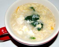 にんにくを使って風邪に効果のある、簡単に作れるおじやのレシピ。