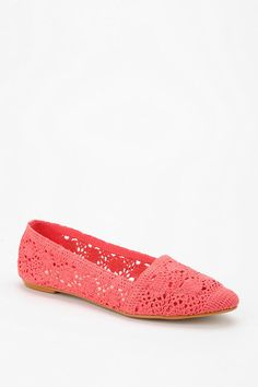 crochet shoes! #urbanoutfitters