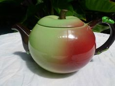 Carlton Ware apple shaped tea pot.