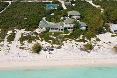 Casa Varnishkes | Luxury Retreats