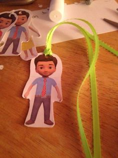 More caleb and Sophia bookmarks. (Making him hold a JW.ORG sign would be really cute!--Misty)