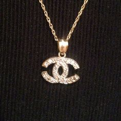 10kt gold Chanel necklace real gold Chanel 10 kt gold crystal necklace nice !!! Real gold! Chanel Jewelry Necklaces