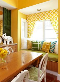 Does your home feel like you?? Swedish-born interior designer Jill Sorensen of Marmalade Interiors out of McLean, Virginia believes that your home affects you deeply–ignoring your home is ignoring yourself! Her vibrant home above translates to where she is in life right now: fearless, carefree and happy.