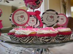 Daisies & Stars: Hello Kitty Birthday Party Ideas
