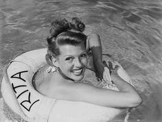 10 secrets de beaute des actrices les plus glamour du vieil Hollywood Rita Hayworth