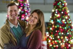 """Watch video for the Hallmark Channel movie """"'Tis the Season For Love,"""" starring Sarah Lancaster and Brendan Penny. Hallmark Channel, Películas Hallmark, Films Hallmark, Hallmark Holiday Movies, Home And Family Hallmark, Sarah Lancaster, Romance Movies, Family Movies, Great Movies"""