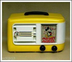 1946 Emerson 522 AM Radio