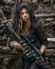 Military Women, Military Life, Cool Poses, Army Life, Female Soldier, Big Guns, Us Marines, Armada, Badass Women