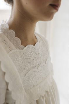 Baby Girl Dresses, Little Dresses, Flower Girl Dresses, Little Girl Fashion, Kids Fashion, Première Communion, Girl Trends, Scandinavian Fashion, Linens And Lace