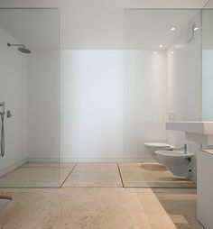 bathroom | at private house | leiria, portugal | by architect manuel aires mateus.