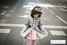 Abrigo para niña ya disponible en http://aianalarocca.com/ #modainfantil