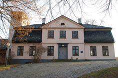 Selskapslokalene på Kjørbo Gård ligger i den fredede hovedbygningen på det som gjennom århundrer har vært en storgård i Bærum. Kontakt oss for en visning!