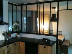 Création d'une verrière entre la cuisine et le living afin d'apporter de l'espace et de la lumière. Architecture, Decoration, Afin, Mirror, Bathroom, Frame, Images, Furniture, Home Decor