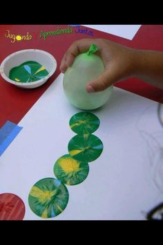 Balloon paint craft -- balloons for the party the father threw when his son came home!