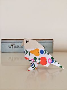 how to fold an origami bird - www.wimketolsma.nl #diy #origami