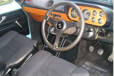 How to identify a 1973 - 1975 Ford Escort Escort Mk1, Ford Escort, Dashboards, Old School, Car Seats, Classic Cars, Mexico, Steering Wheels, Car Interiors