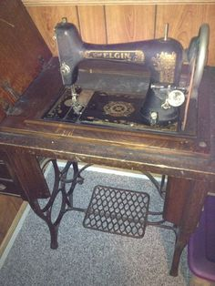 May 25 - Today's Featured Antiques - Dusty Old Thing
