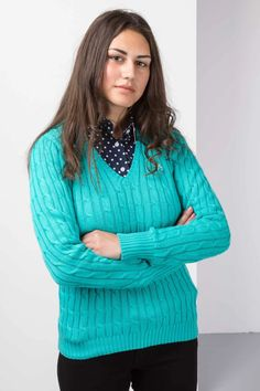 The Timeless Cable Knit V Neck Jumper Design is Great for Any Occasion. Chunky Knit Jumper, Cable Knit Sweaters, Country Shirts, Country Outfits, Ladies Knitwear, Jumper Designs, Preppy Sweater, Lady V, Knitting Designs