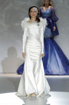 Los vestidos de novia de Isabel Zapadiez foto 14...